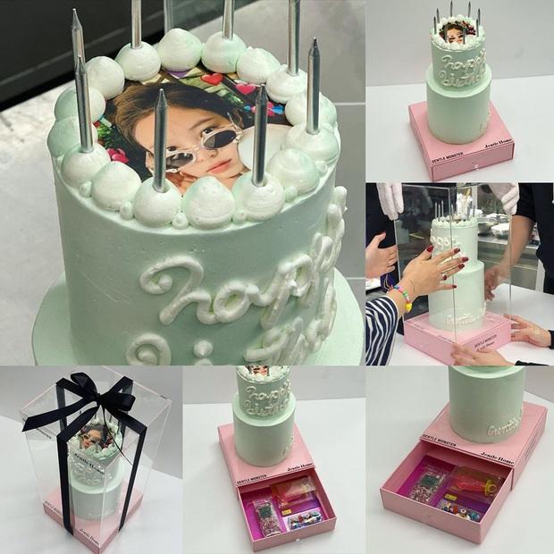 """Lác mắt với độ """"fancy"""" của chiếc bánh kem Jennie (BLACKPINK) được tặng dịp sinh nhật, kèm thêm bộ trang sức bằng kẹo siêu tinh xảo! - Ảnh 3."""