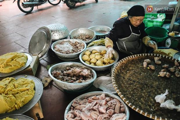 """Ảnh: Về làng bánh chưng trứ danh Tranh Khúc giữa thời điểm giá thịt lợn tăng """"phi mã"""" - Ảnh 3."""