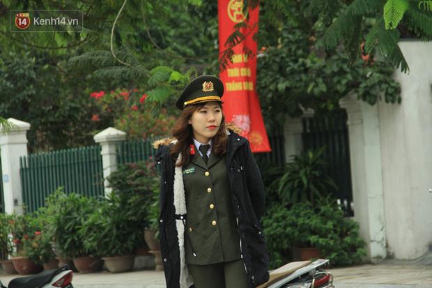 Hà Nội: Người dân thích thú với thông điệp Ông Táo không dùng túi nilon, hồ Tây không còn cảnh túi nilon nổi trắng dập dềnh - Ảnh 7.