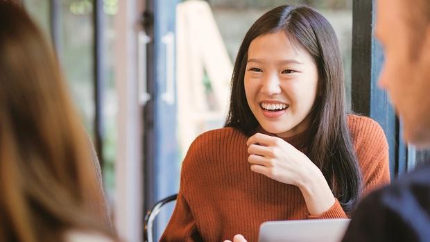 Những bài test khó nhằn thử thách độ nhanh nhạy của ứng viên: Nhảy ra ngoài cửa sổ, chờ phỏng vấn gần 12 tiếng, mời uống cà phê - Ảnh 1.