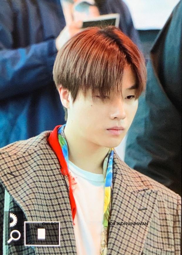 Ông hoàng Kpop G-Dragon gây bão tại sân bay, 2 boygroup NCT - iKON đại diện 2 ông lớn đụng độ khốc liệt - Ảnh 17.