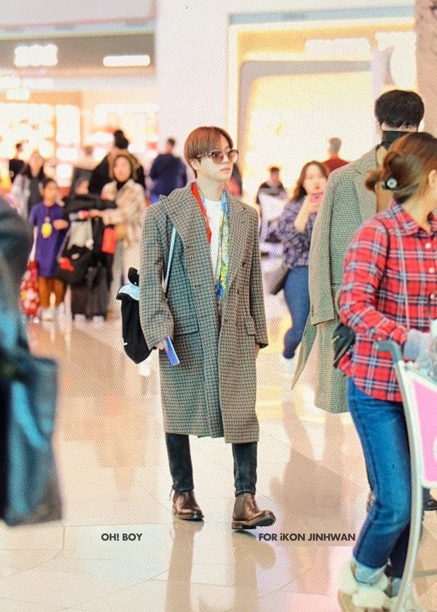Ông hoàng Kpop G-Dragon gây bão tại sân bay, 2 boygroup NCT - iKON đại diện 2 ông lớn đụng độ khốc liệt - Ảnh 18.