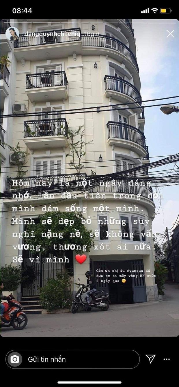 MC Quỳnh Chi chính thức lên tiếng về tin đồn rạn nứt với Thuỳ Dung, dọn ra ở một mình sau thời gian sống chung - Ảnh 1.