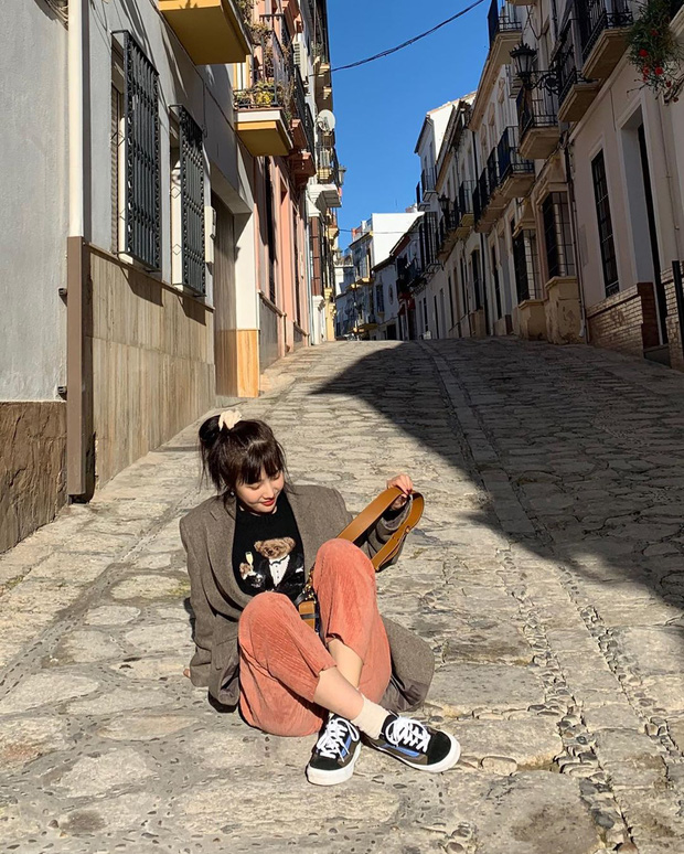 Từ câu chuyện ăn mặc của Joy cho thấy: Mặc đẹp đã khó, mặc để cho netizen Hàn thấy là đẹp còn khó hơn! - Ảnh 2.