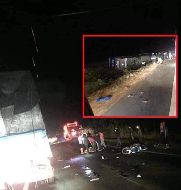 Xe khách bị lật ở Đắk Lắk, hơn 10 người thương vong - Ảnh 1.