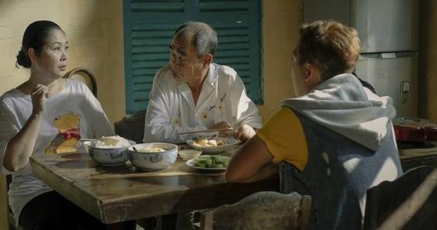 Mùng một Tết cha: Rủ bố cùng xem 5 phim Việt cảm động này thay lời muốn nói này bạn ơi! - Ảnh 7.