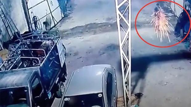 Truy nã toàn quốc nghi phạm xả súng vào nhà vợ cũ ở Lạng Sơn - Ảnh 1.