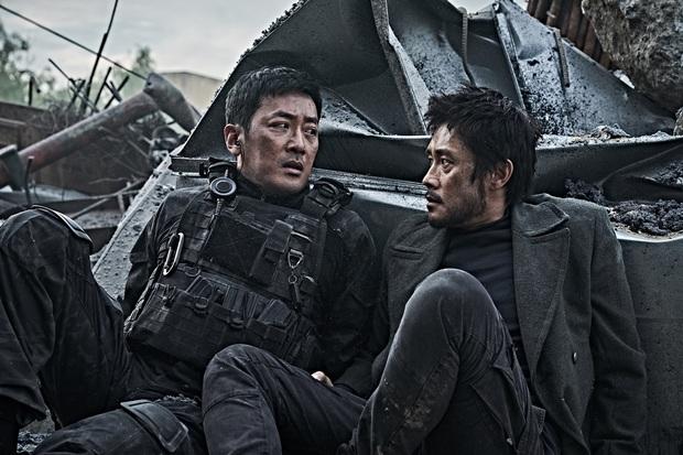 Loạt chú đại rơi vào tầm ngắm hậu phốt săn gái của Joo Jin Mo: Hyun Bin bị gọi hồn nhiều nhất, Lee Byung Hun có dính đạn lần 2? - Ảnh 5.