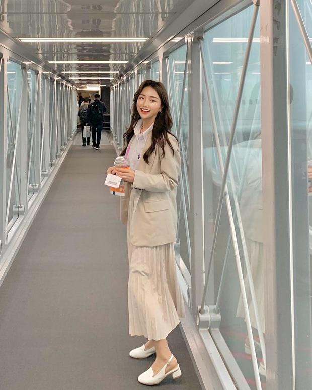 Diện lại đồ cũ vẫn cứ chất lừ với 11 gợi ý từ street style của hội sành mặc châu Á - Ảnh 3.