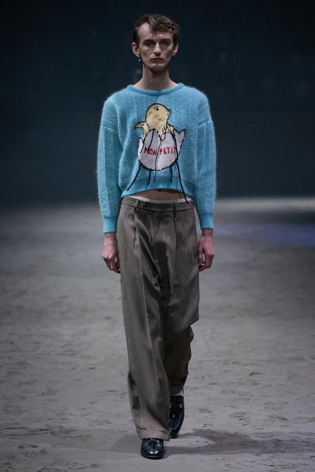 Dân tình đồn đoán Công chúa Charlotte chính là nguồn cảm hứng cho những thiết kế gây tranh cãi của Gucci - Ảnh 6.