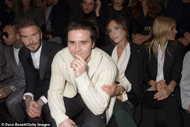 Gia đình Beckham gây bão khi đi show: David - Victoria thần thái ngút ngàn như đóng phim, lấn át luôn cậu con cả - Ảnh 6.