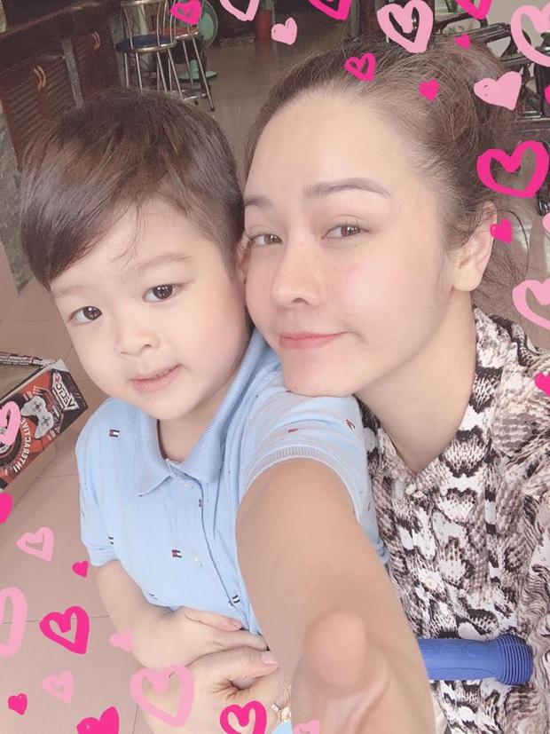 """Giữa ồn ào giành lại quyền nuôi con, Nhật Kim Anh bức xúc: """"Người ta đấu tố tìm mọi chiêu trò quyền lực với mẹ - Ảnh 2."""