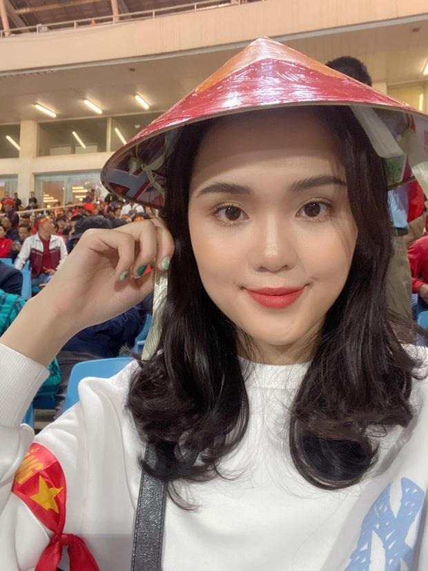 Bao lần ái nữ cựu chủ tịch CLB Sài Gòn dính chưởng make up dìm hàng, lần nào cũng đáp trả đanh đá như hát - Ảnh 4.