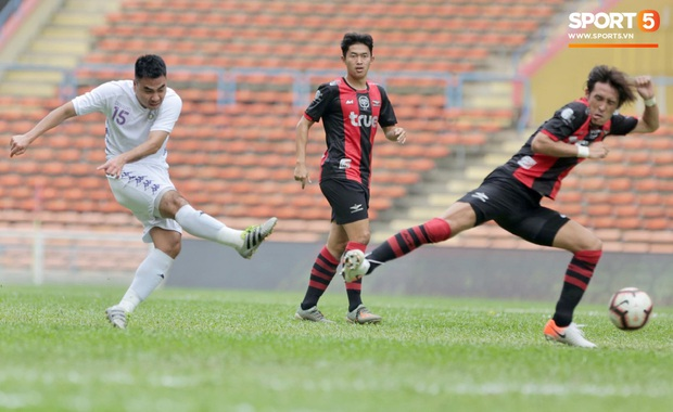 Hà Nội FC thất bại trước đội bóng Thái Lan tại giải đấu giao hữu có thể thức lạ kỳ - Ảnh 8.