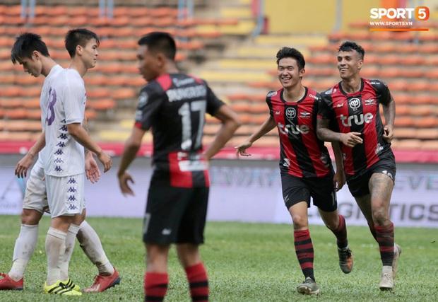 Hà Nội FC thất bại trước đội bóng Thái Lan tại giải đấu giao hữu có thể thức lạ kỳ - Ảnh 5.