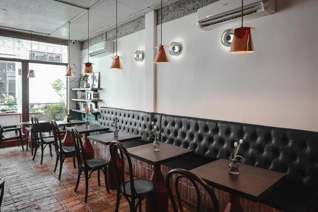 Sài Gòn: Hai quán cà phê mới toe được dân tình check-in ầm ầm, Tết này lại có chỗ để ểnh ương sống ảo rồi đây! - Ảnh 3.