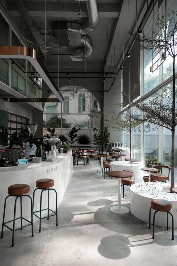 Sài Gòn: Hai quán cà phê mới toe được dân tình check-in ầm ầm, Tết này lại có chỗ để ểnh ương sống ảo rồi đây! - Ảnh 13.