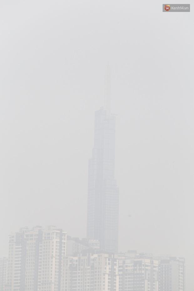 Toà nhà cao nhất Việt Nam mờ ảo trong bụi mù, Sài Gòn tiếp tục bị ô nhiễm nặng những ngày giáp Tết - Ảnh 4.