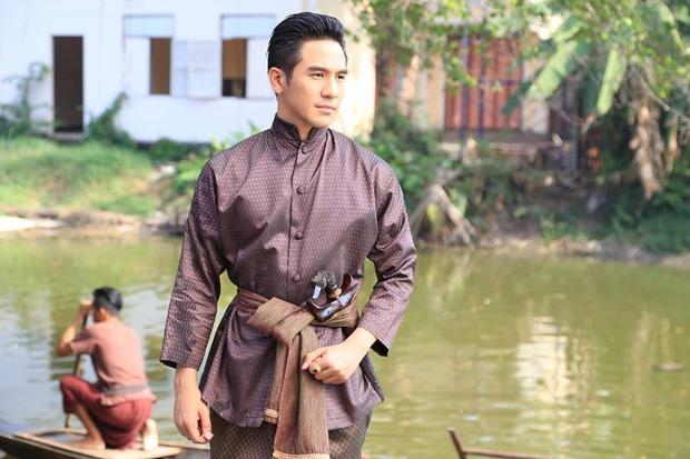 4 nam thần cổ trang nức tiếng màn ảnh Thái: đáng yêu nhất phải kể đến hoàng tử nụ cười James Jirayu! - Ảnh 1.