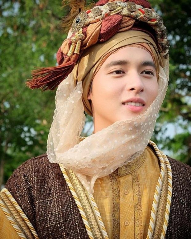 4 nam thần cổ trang nức tiếng màn ảnh Thái: đáng yêu nhất phải kể đến hoàng tử nụ cười James Jirayu! - Ảnh 10.