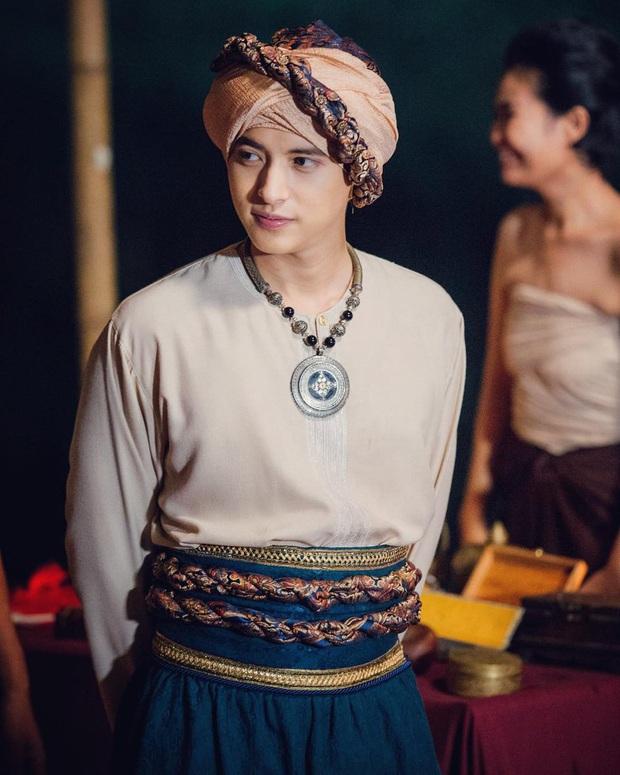 4 nam thần cổ trang nức tiếng màn ảnh Thái: đáng yêu nhất phải kể đến hoàng tử nụ cười James Jirayu! - Ảnh 9.