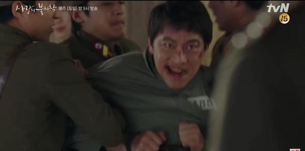Son Ye Jin về đất mẹ vẫn khóc nức nở, Hyun Bin nhớ crush đến mất ngủ trong preview tập 10 Crash Landing on You - Ảnh 7.