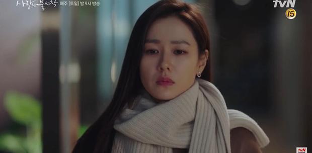 Son Ye Jin về đất mẹ vẫn khóc nức nở, Hyun Bin nhớ crush đến mất ngủ trong preview tập 10 Crash Landing on You - Ảnh 5.
