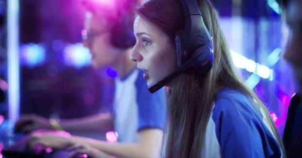 Nghiên cứu cho thấy, phụ nữ có thể dễ bị nghiện game hơn nam giới rất nhiều lần - Ảnh 3.