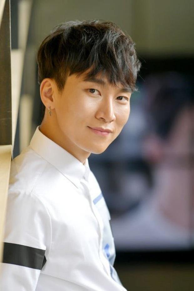 HOT: Quán cafe của sao Hàn Quốc sắp mở chi nhánh ở Sài Gòn trong năm 2020, nam idol còn sẽ xuất hiện trong buổi khai trương? - Ảnh 8.