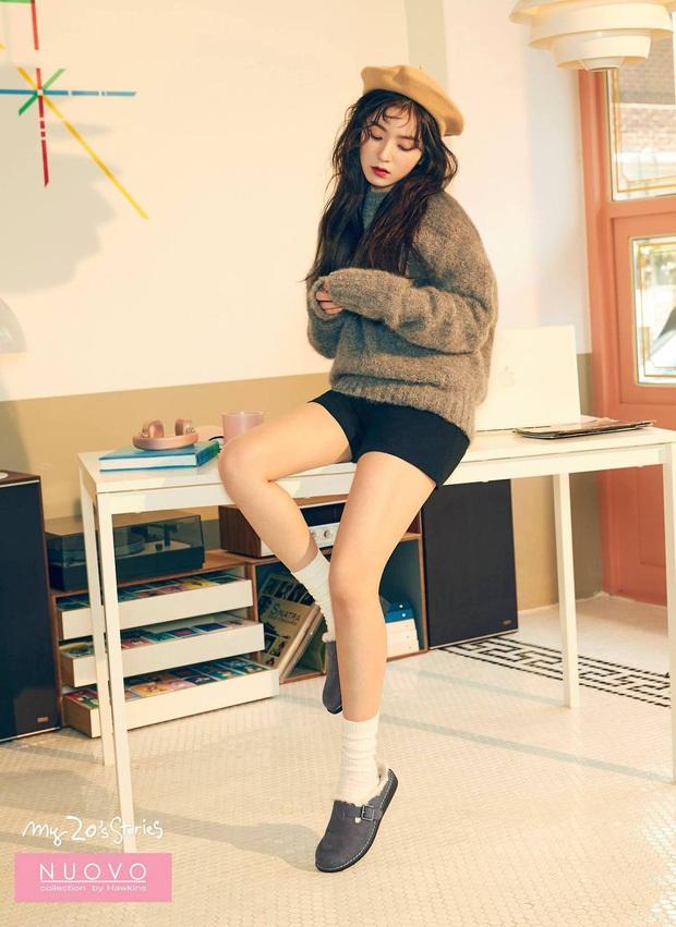 Nào chỉ riêng Jennie, Irene (Red Velvet) cũng có thành tích sold out đáng nể, có món như đồ chơi trẻ em mà fan thi nhau mua hết bay - Ảnh 3.