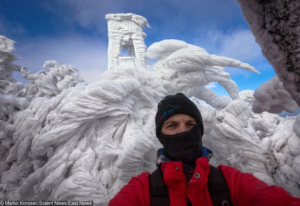 Chùm ảnh mùa đông với băng tuyết trắng xóa phủ khắp vạn vật đẹp đến mê hồn, trông tựa như khung cảnh trong truyện cổ tích - Ảnh 9.