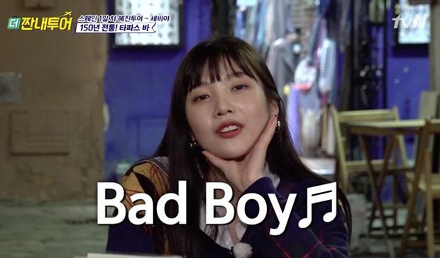 Giữa bao bản hit của Red Velvet, ca khúc yêu thích của Joy lại liên quan tới... con hẻm khiến nhiều người ngỡ ngàng - Ảnh 4.