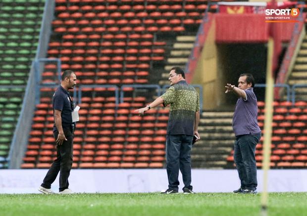 Trận đấu của Hà Nội FC trên đất Malaysia bị huỷ đột ngột chỉ sau 1 hiệp đấu - Ảnh 5.