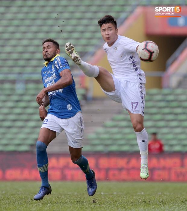 Trận đấu của Hà Nội FC trên đất Malaysia bị huỷ đột ngột chỉ sau 1 hiệp đấu - Ảnh 9.