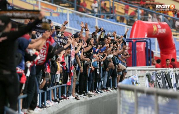Trận đấu của Hà Nội FC trên đất Malaysia bị huỷ đột ngột chỉ sau 1 hiệp đấu - Ảnh 7.