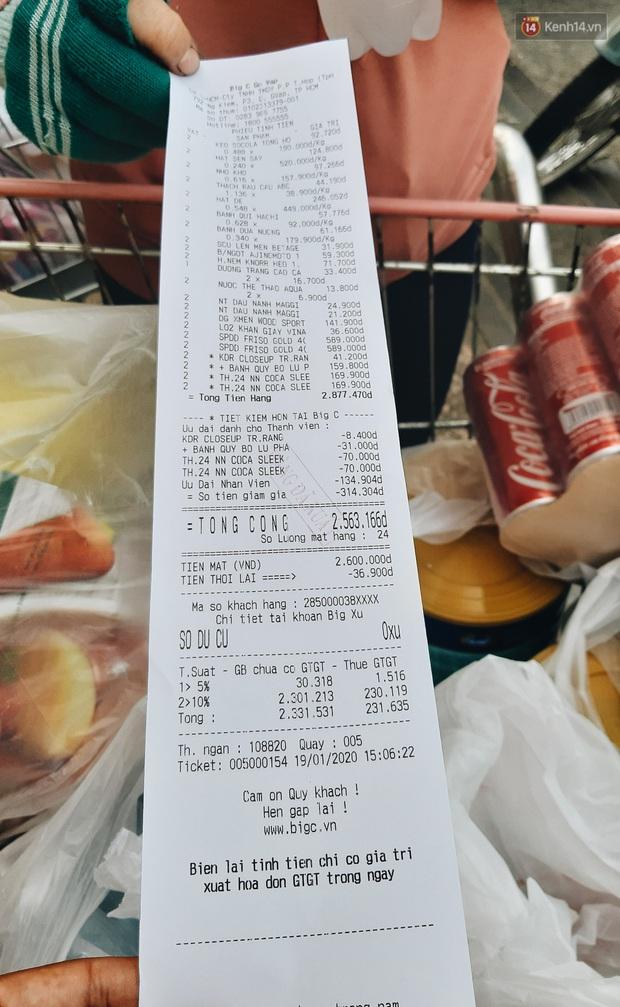 Ảnh: Người Sài Gòn xếp hàng dài ở siêu thị chờ mua sắm Tết chiều chủ nhật cuối năm - Ảnh 21.
