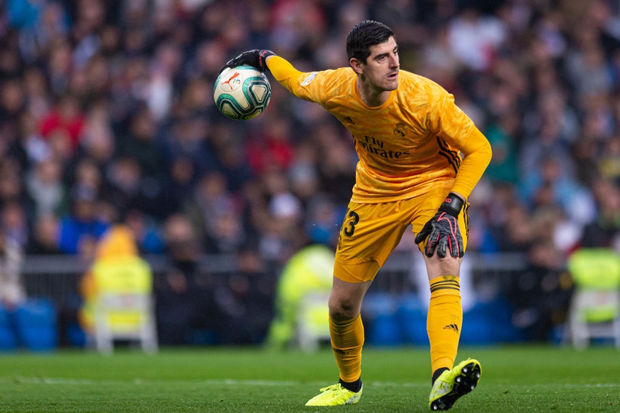 Thủ môn từng bị gắn mác thảm họa giúp Real Madrid đạt thống kê không thể tin nổi để vượt qua Barcelona tại La Liga - Ảnh 3.