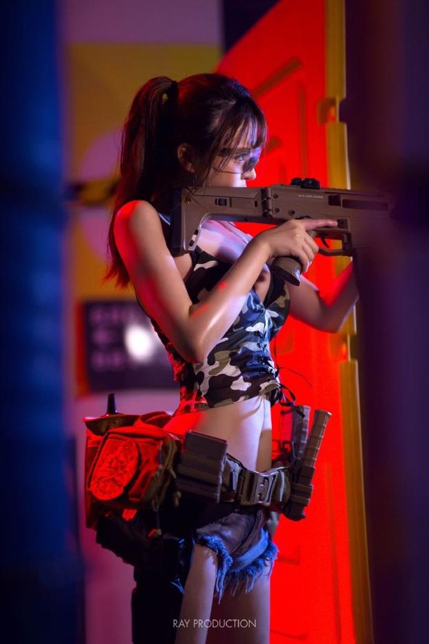 Chiêm ngưỡng những bộ cosplay PUBG nóng bỏng mắt, chỉ nhìn thôi đã muốn vác súng lên chạy bo - Ảnh 6.
