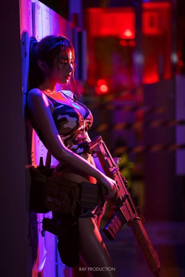 Chiêm ngưỡng những bộ cosplay PUBG nóng bỏng mắt, chỉ nhìn thôi đã muốn vác súng lên chạy bo - Ảnh 3.