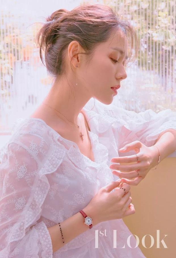 """Sốc trước bí mật của chị đẹp Son Ye Jin để có được nhan sắc đỉnh cao trong """"Crash Landing On You"""": Đẳng cấp tự tin đến mức chỉ cần mặt mộc cùng son bóng lên hình - Ảnh 16."""