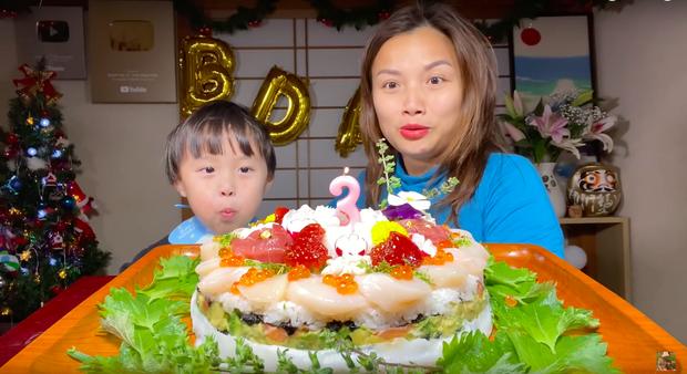 """Chỉ thay đổi một chi tiết nhỏ khi quay vlog, Quỳnh Trần JP đã khiến dân tình thích thú khi nhận ra: Thế mới """"cao tay""""! - Ảnh 4."""
