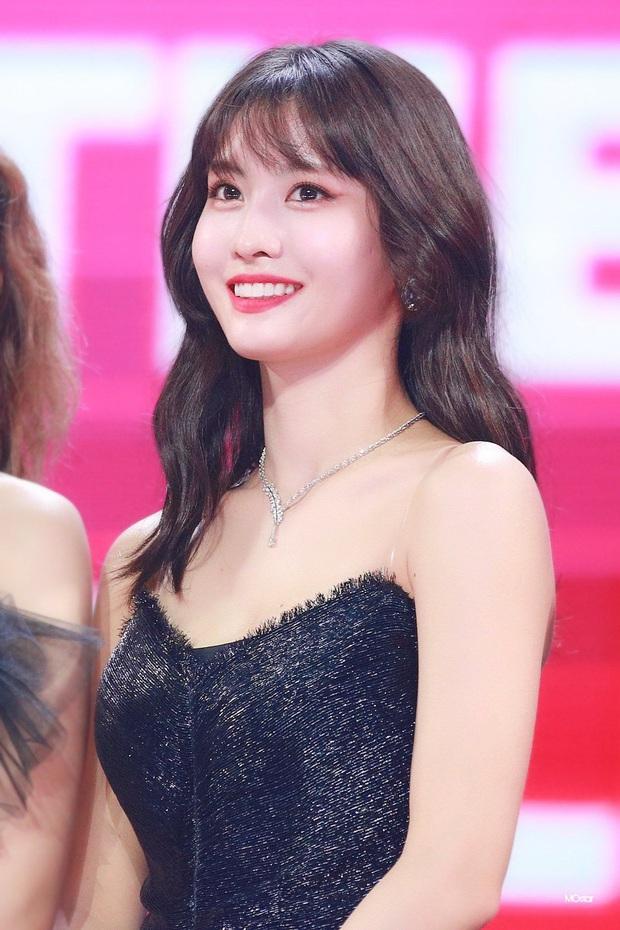 Idol Kpop tuổi Tý đúng chuẩn tài sắc vẹn toàn: Từ hội cỗ máy nhảy đình đám cho đến dàn visual xinh hơn hoa, có 2 idol đa-zi-năng khiến fan mê mệt - Ảnh 1.