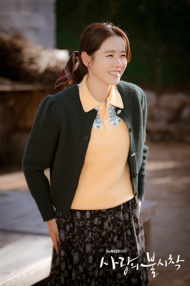 """Sốc trước bí mật của chị đẹp Son Ye Jin để có được nhan sắc đỉnh cao trong """"Crash Landing On You"""": Đẳng cấp tự tin đến mức chỉ cần mặt mộc cùng son bóng lên hình - Ảnh 5."""