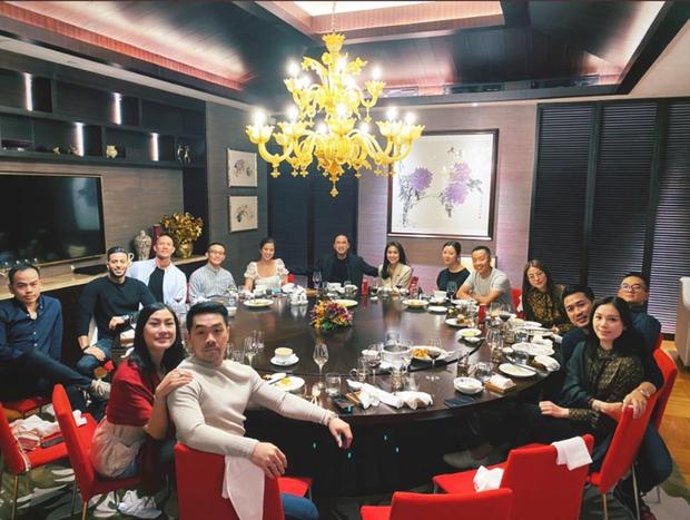 Vợ chồng Hà Tăng và nhóm bạn tổ chức tiệc sinh nhật muộn cho Louis Nguyễn tại Philipines: Nhìn qua đã thấy sang chảnh! - Ảnh 1.