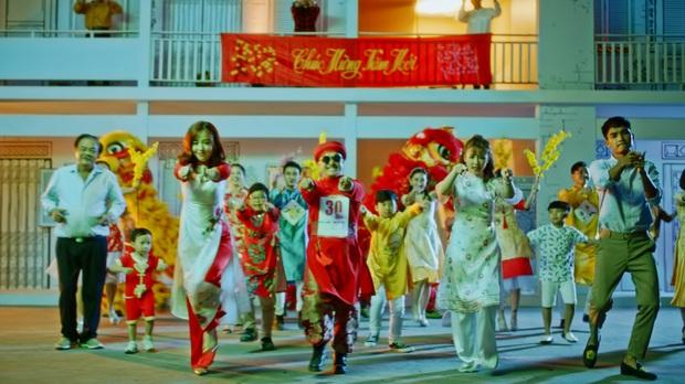 """AMEE, Huỳnh James cùng Mạc Văn Khoa chọc Puka tức điên trong MV nhạc phim """"30 Chưa Phải Tết"""" - Ảnh 8."""