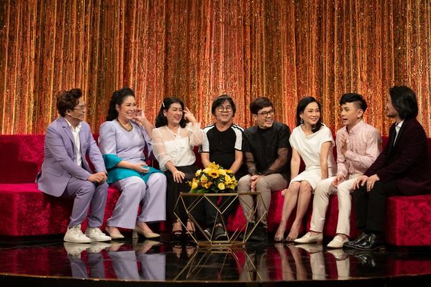 NSND Hồng Vân, Đình Toàn bật khóc cảm ơn NSƯT Thành Lộc - Ảnh 3.