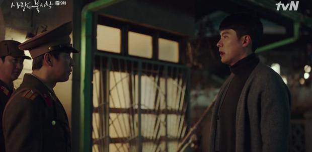 Đánh sếp ngã ngửa vì dọa tra tấn Son Ye Jin, Hyun Bin bị hội đồng tơi tả trong tập 9 Crash Landing on You - Ảnh 1.