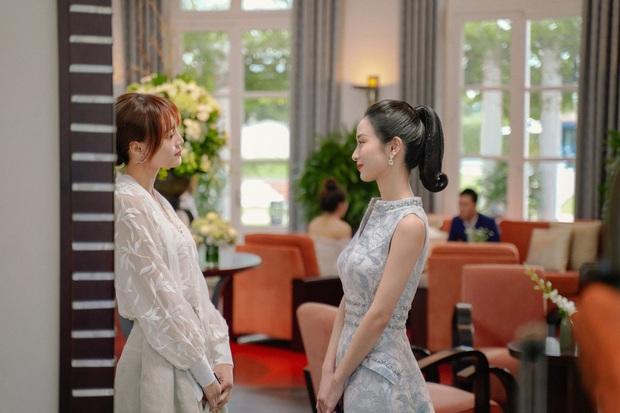 Mới lăm le giật bồ Lan Ngọc, Jun Vũ đã diện bikini chặt chém rồi say đắm khóa môi Bình An ở Gái Già Lắm Chiêu 3 - Ảnh 1.