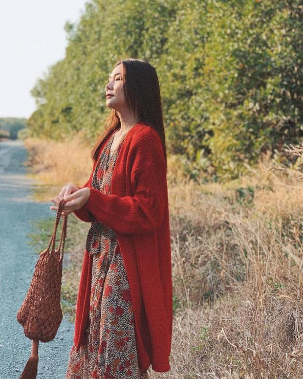 Cùng mê váy họa tiết dáng dài nhưng Thanh Hằng và Hà Tăng vẫn có những cách diện không đụng hàng - Ảnh 3.