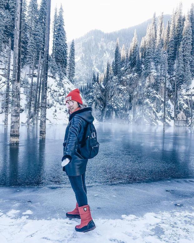 Hồ nước với những thân cây mọc ngược lên trời rùng rợn nhất thế giới, tìm ra nguyên nhân hiện tượng lạ ai cũng bất ngờ - Ảnh 21.